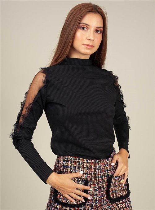 Nu Woman Blusa negra mangas fantasía