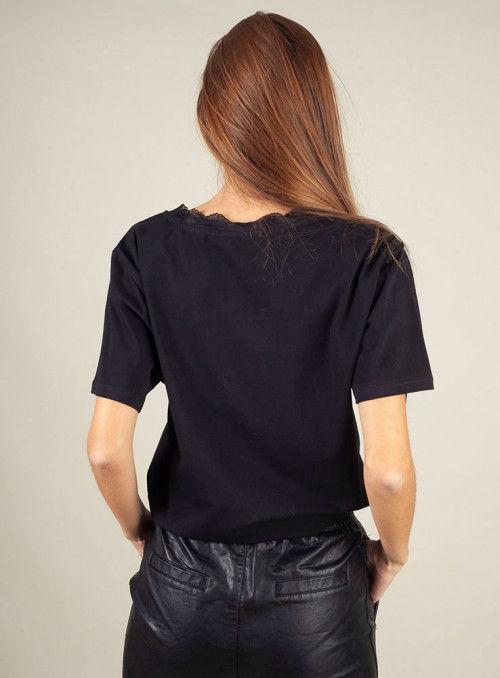 Hellen Barrett Camiseta texto