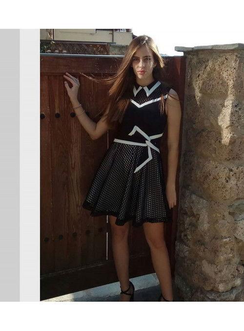 Rinascimento Vestido bicolor rejilla
