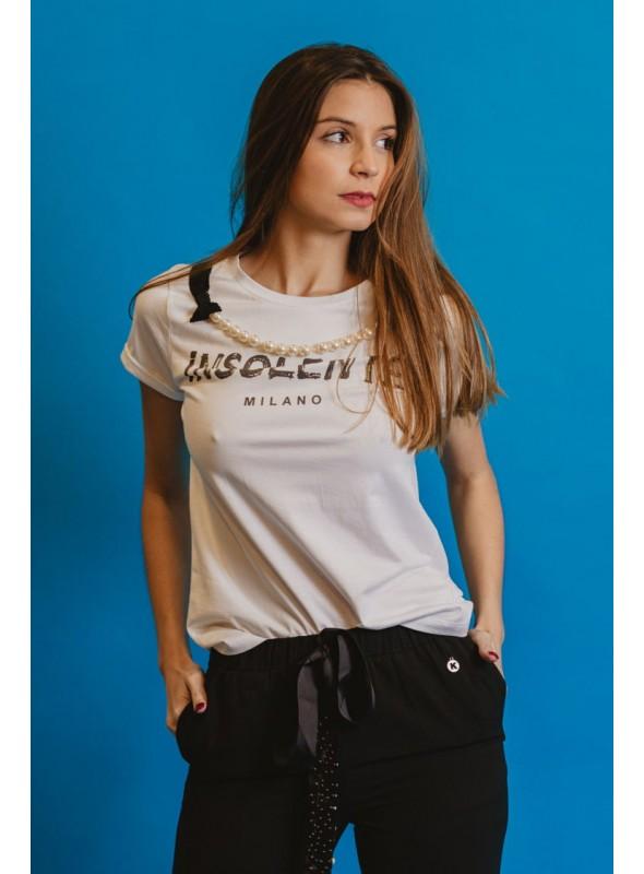 Zoe Camiseta detalle collar